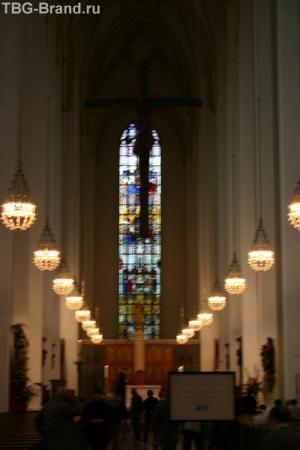 Интерьер собора Фраункирхен