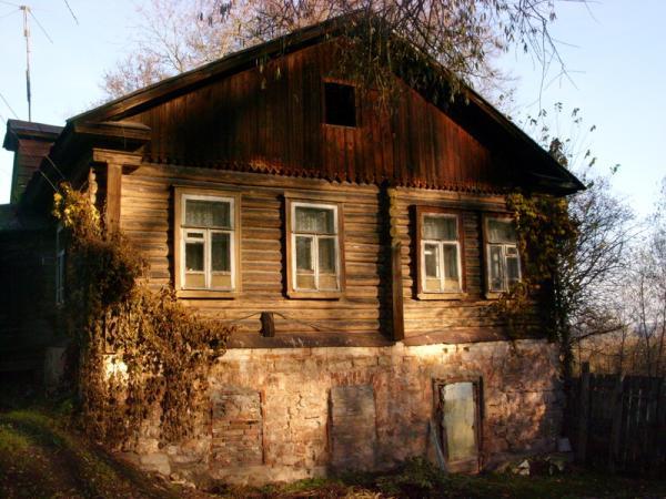 Дом сторжа - современник усадьбы