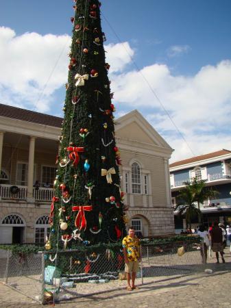 На площади Монтего-Бея (остров Ямайка)