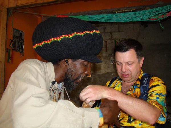 Растаман-коммерсант Монтего-Бея (остров Ямайка)