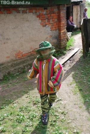 вот так за пару минут из холёного московского мальчика можно сделать деревенского пастушка