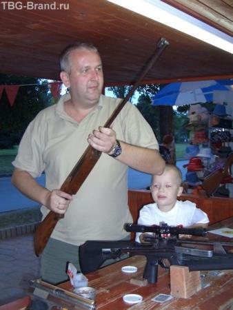 А ну ка подвинься сынок, я попытаюсь наглядно показать болгарам в Нато им, или не надо.