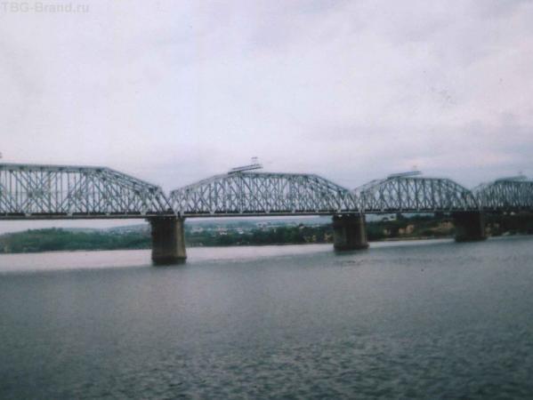 Ж-Д мост через Волгу в Самарской области (Сызрань)