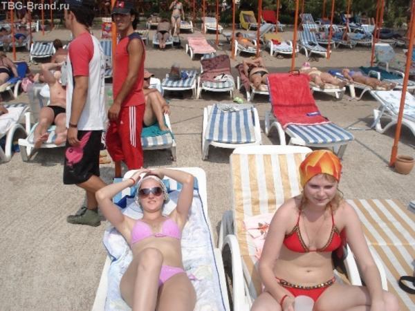 Загараем на пляже