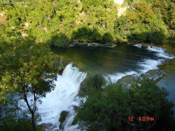 водопады...!!!