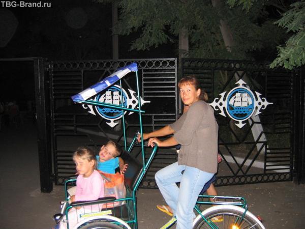 Заняла место рикши