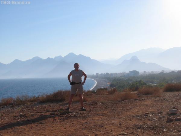 Анталья, вид с высокого берега в сторону Кемера