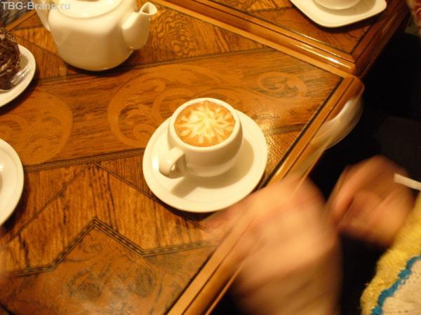 В любимой кофейне