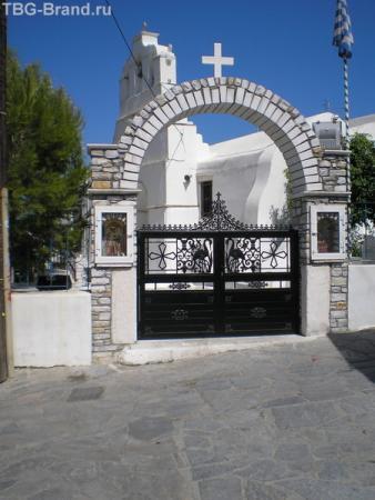 ворота церкви