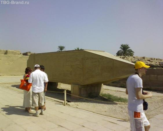 Древнеегипетский космический корабль.