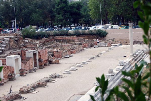 Раскопки римской площади