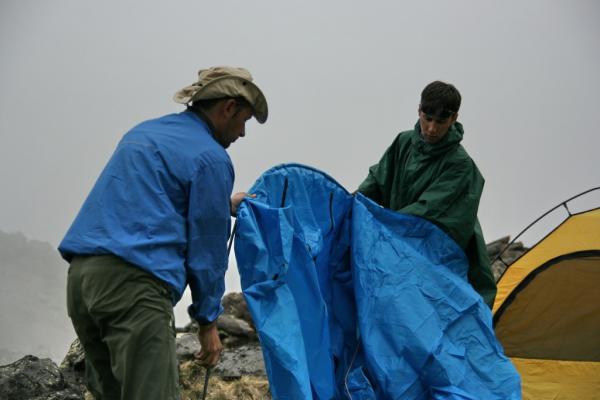 И вот ставим палатку