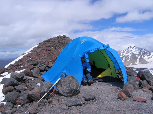 Оксана и палатка за минуты до взлета