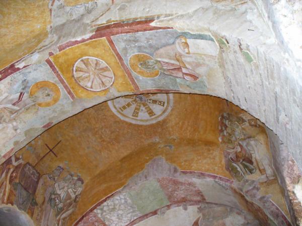 Своды храма Николая Чудотворца в Демре