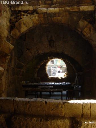 внутри амфитеатра