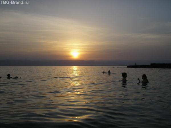 Закат на Мертвом море