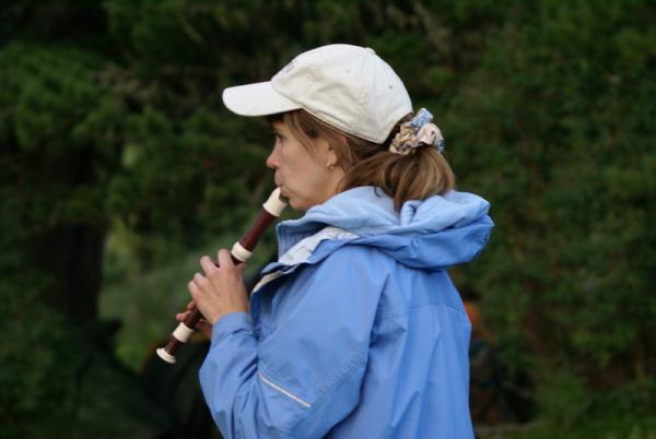 Ну как в горах не поиграть на флейте!