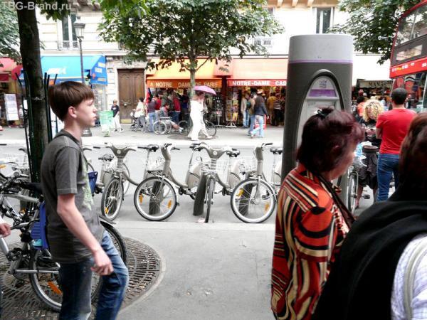 Стоянка прокатных велосипедов