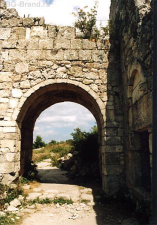 Вход в цитадель (фото из интернета)