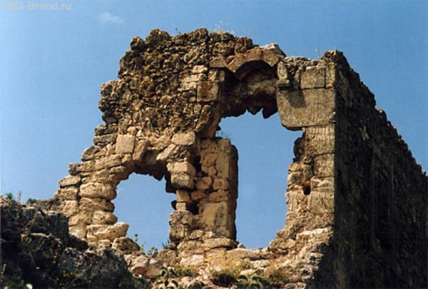 Остатки древней  постройки (фото из интернета)