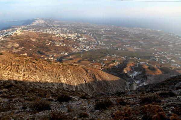 вид с горы, где стоит монастырь пророка Ильи