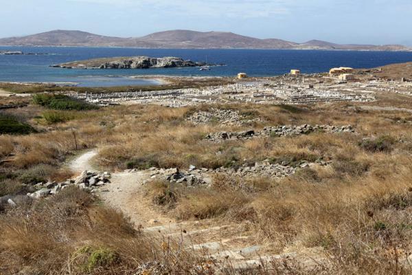 вид со святилища Зевса на весь остров-2