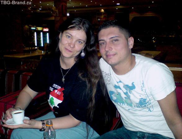 С божественной Анхар (Иорданский клуб) в одном из недорогих ресторанов Сирии