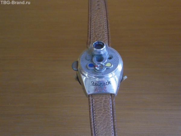 Фотоаппарат встроен в часы - Musee des Arts et mtiers