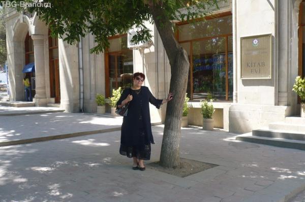 НА СОЛНЦЕ+55,а за деревом кайф