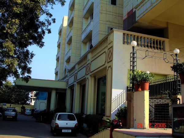Отель Викрам в Дели