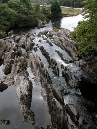 Вода в камне