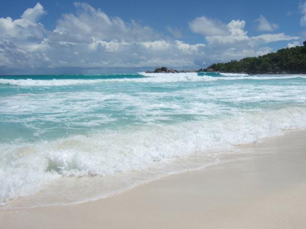 Почти Айвазовский... La Digue, пляж Anse Cocos