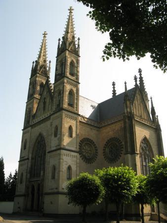 Remagen. Apolinariskirche