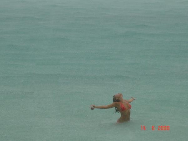 Тропический ливень.... Best moment.