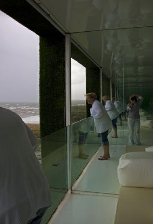 шторм, наблюдение с балкона