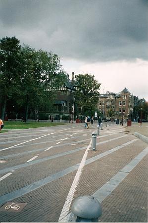 Велосипедные дорожки в Амстердаме