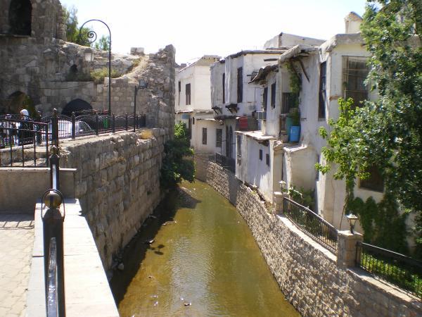 Река Барада в Дамаске