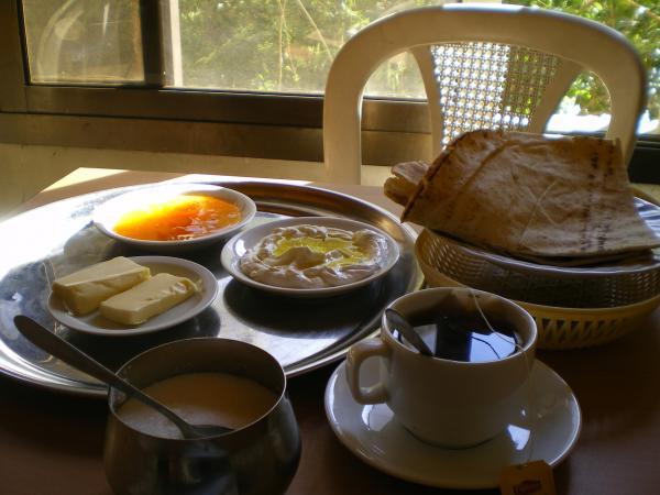 Мой скромный сирийский завтрак