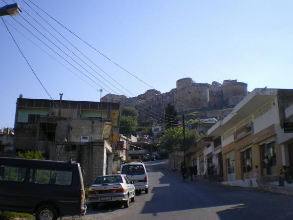 Крак де Шевалье, вид из деревни Al Hosn