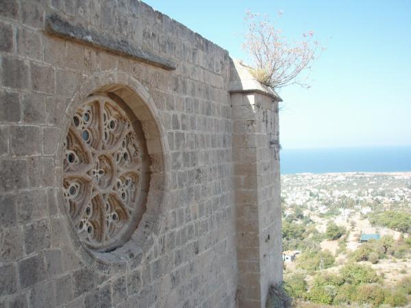 Готика в аббатстве Беллапаис