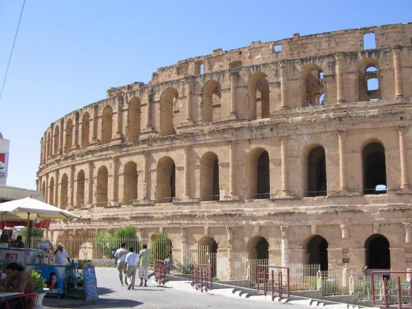 Колизей в Эль-Джеме