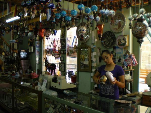 Сувенирная лавка в турецкой Никосии