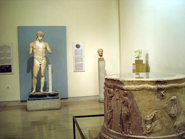 Дельфийский археологический музей
