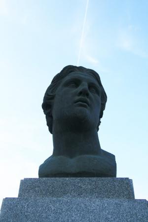 Александр или Себастьян?