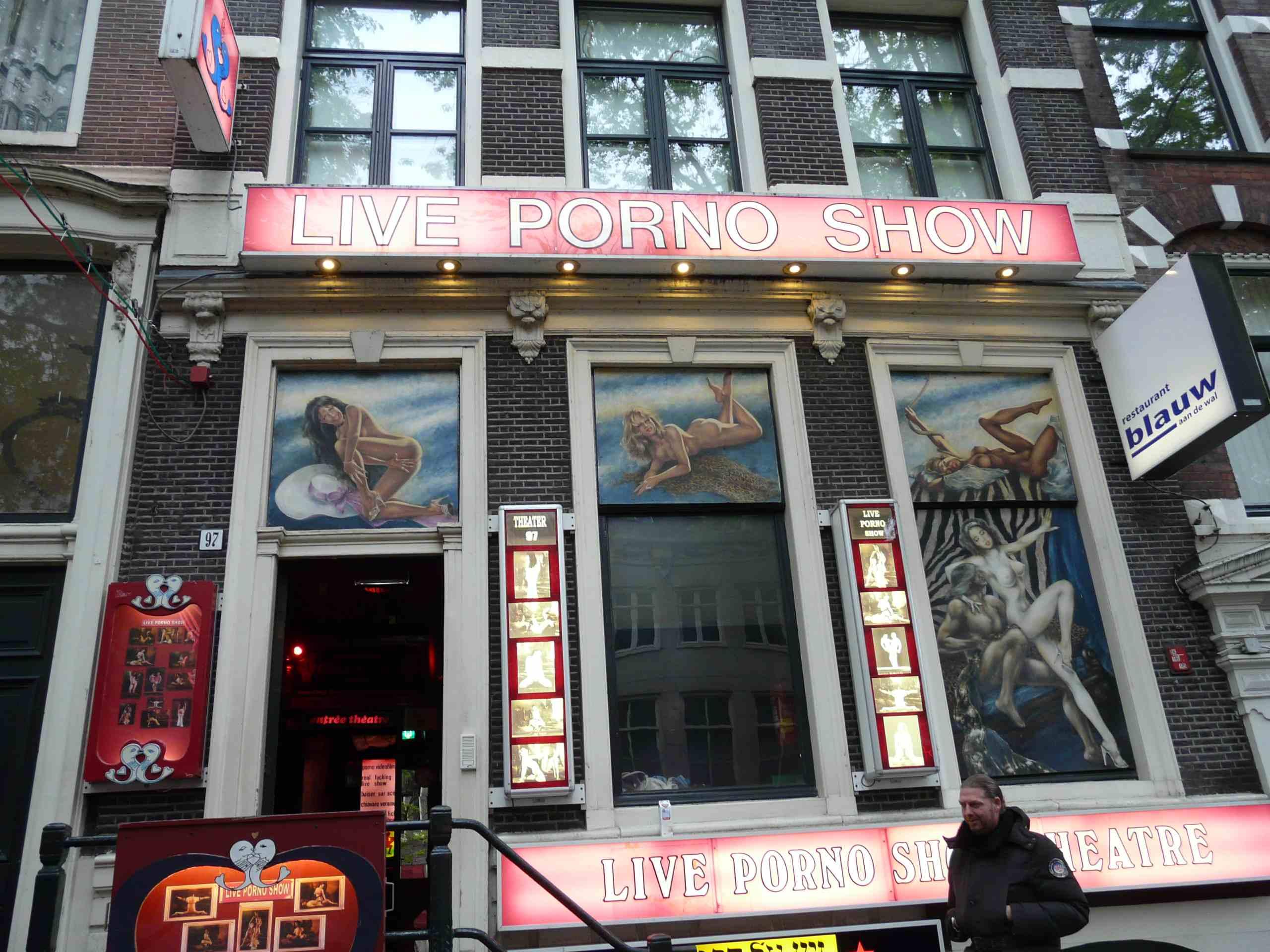 Перейти в галерею Секс в Амстердаме музей, улица, театр .