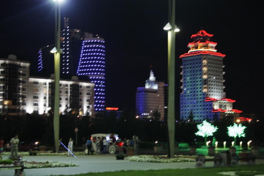 Автопутешествие по Казахстану, день 3: Караменды - Астана